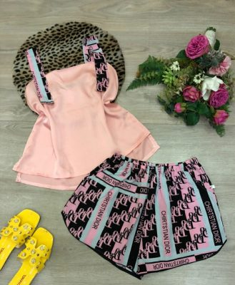 Quần áo nữ mùa hè